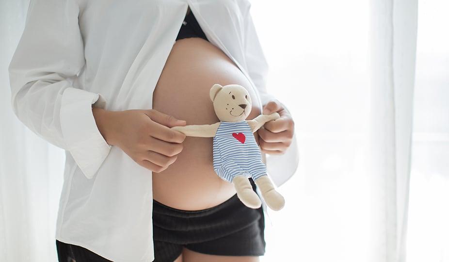 pregnant woman image